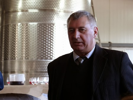 Directorul scolii de vinificatie Nisporeni