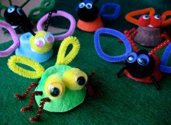 egg-cup-insects-craft-photo-350-aformaro-024_rdax_65