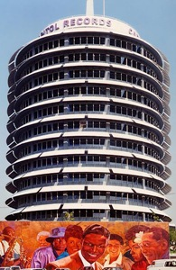 389px-Capitol_Records_Building_LA