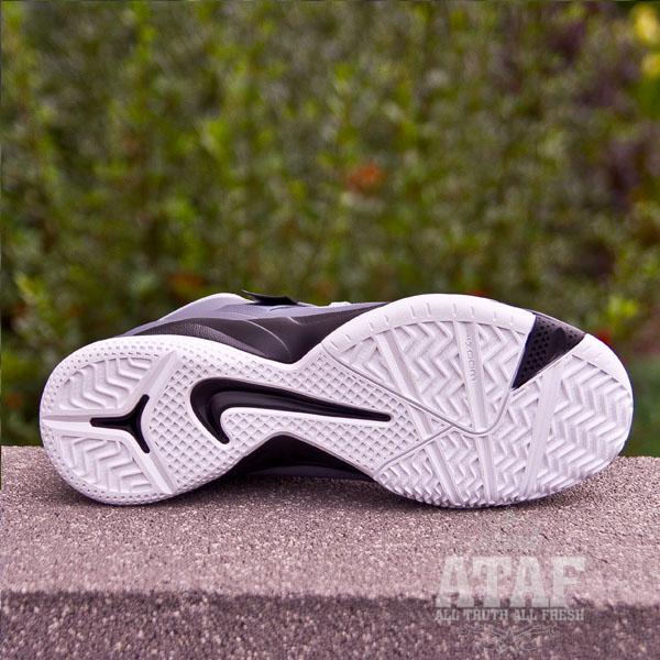 4904100fe4c98 Outlet Nike Zoom Soldier VI 6 White Black Game Royal Lebron Sold ...