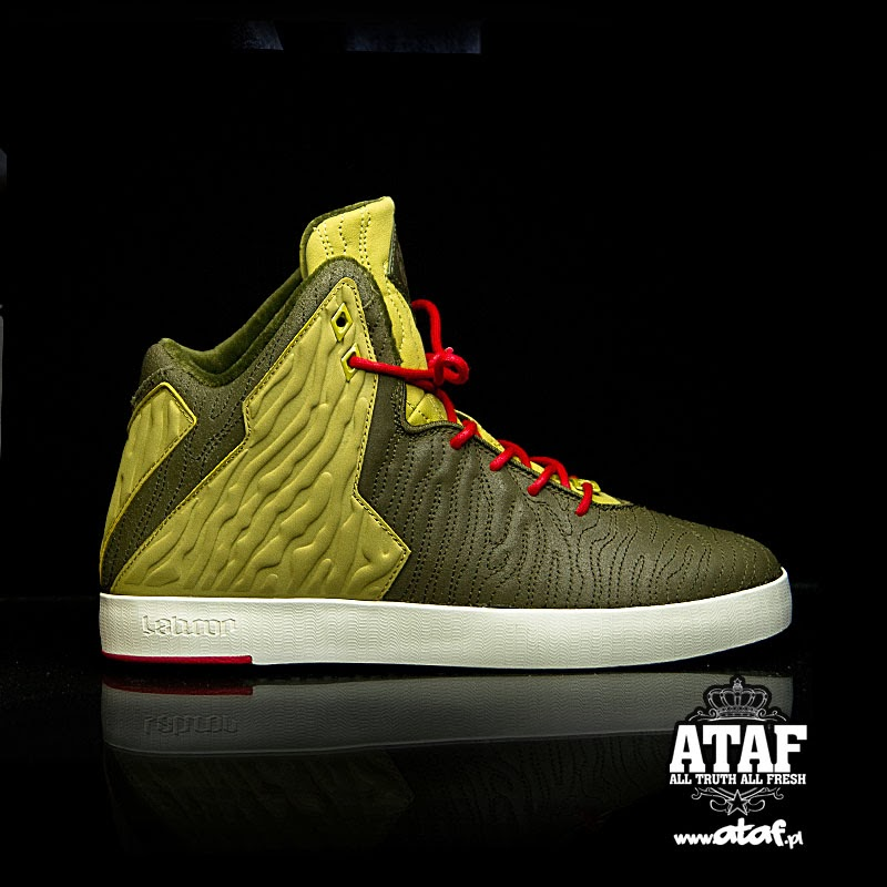 986cbffbc50c A Look at Nike LeBron XI NSW Lifestyle 8220King of Miami8221 .