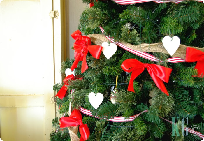 red ribbon bows christmas decorations