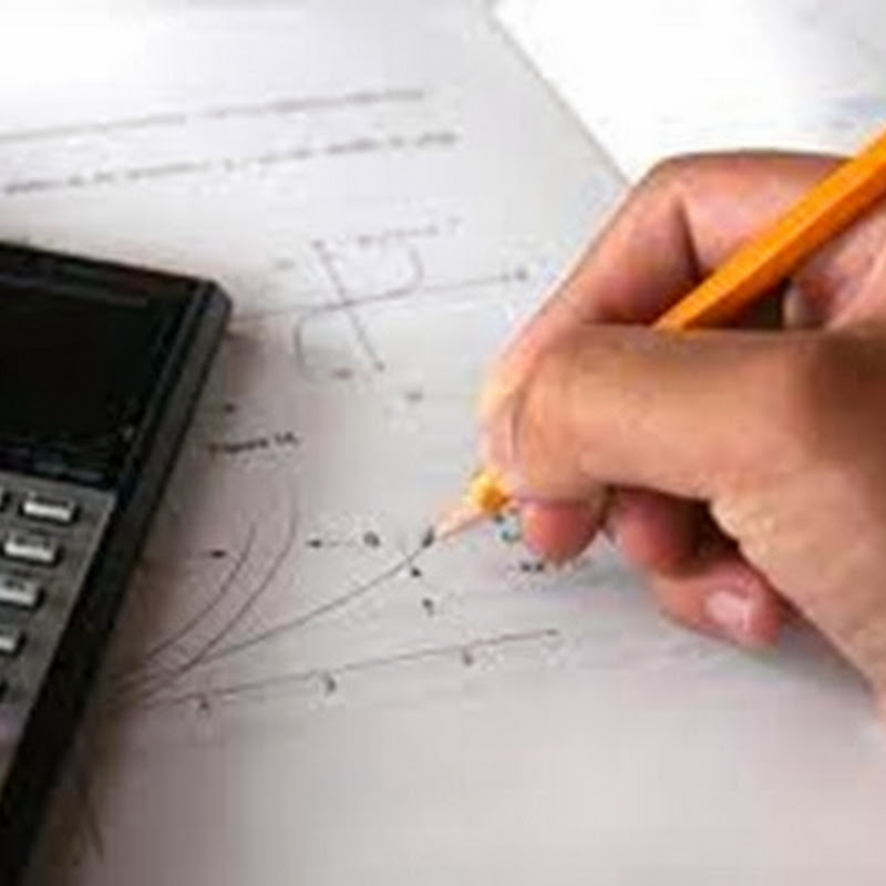 Calc is an interactive calculator which provides for easy large numeric calculations.