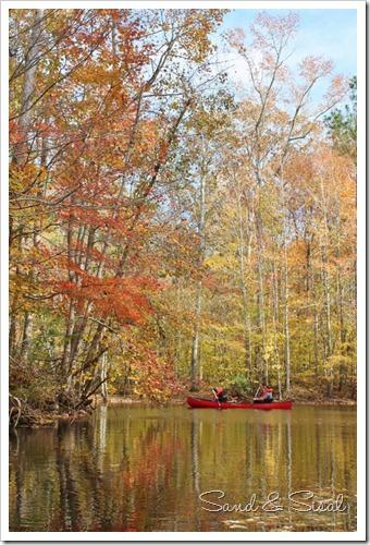 canoe in river (683x1024)