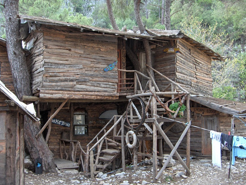 kadirs-tree-houses-1