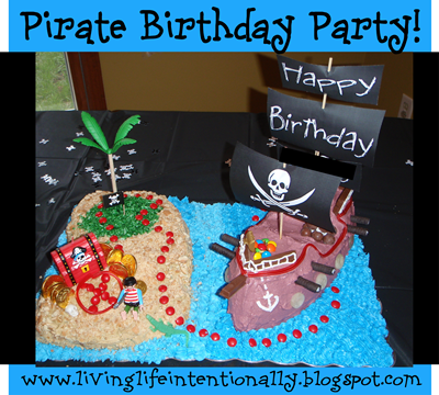 Pirate Birthday Party with LOTS of clever ideas! #birthday #partythemes #kids