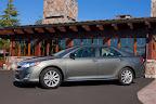 Toyota-Camry-2012-30.jpg
