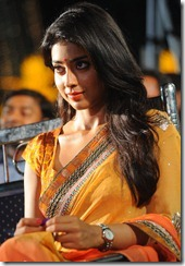 shriya_saran_cute_photos