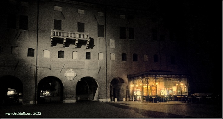 Piazza Savonarola by night 2, Ferrara, Emilia Romagna, Italy - Property and Copyrights of www.fedetails.net