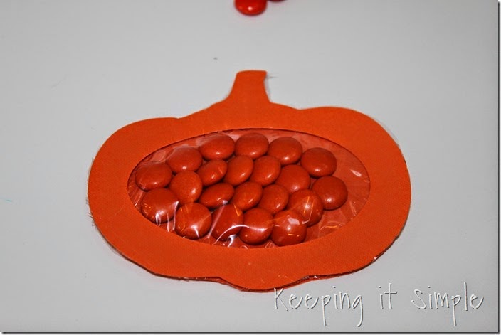 Easy Thanksgiving Candy Pouches (8)