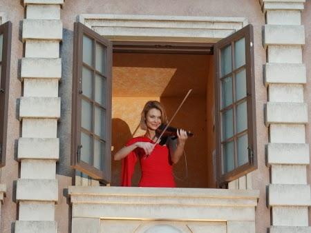 Violonista la balcon
