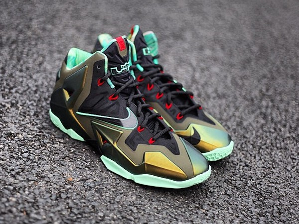 new york a4898 c0812 ... real lebron 11 king nike 6df0f f7608