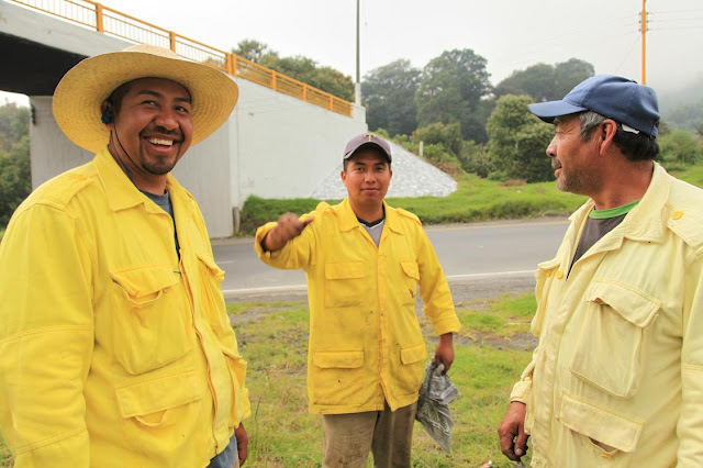 The road repair guys that helped us.jpg
