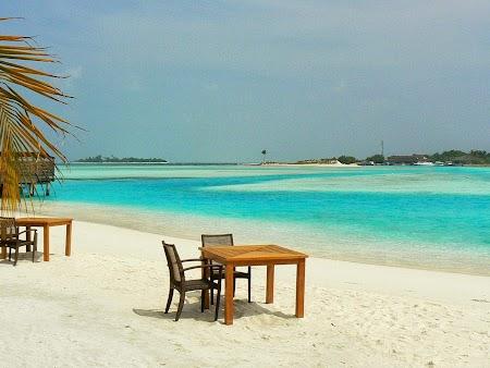 Luna de miere Maldive: Pranz pe plaja