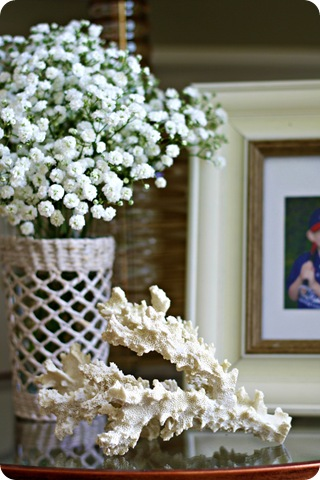 summer vignette decorating