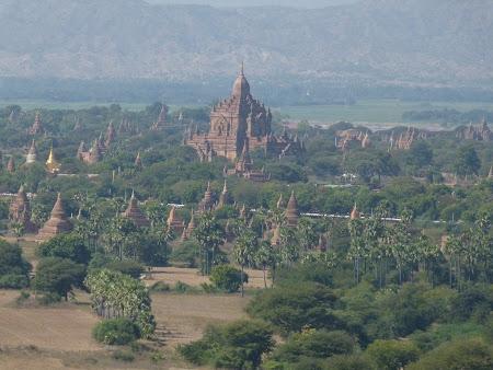 Marea de temple de la Bagan