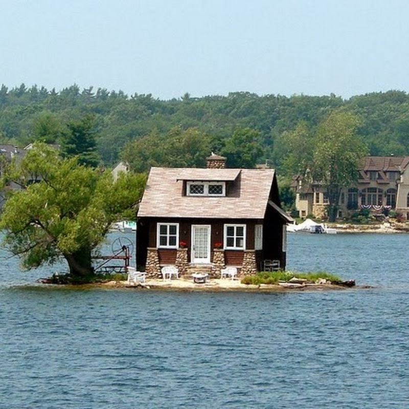 The Thousand Islands of St. Lawrence River
