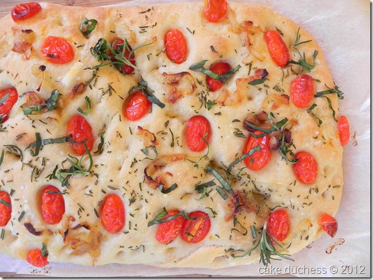 caramelized-onion-cherry-tomato-focaccia-1