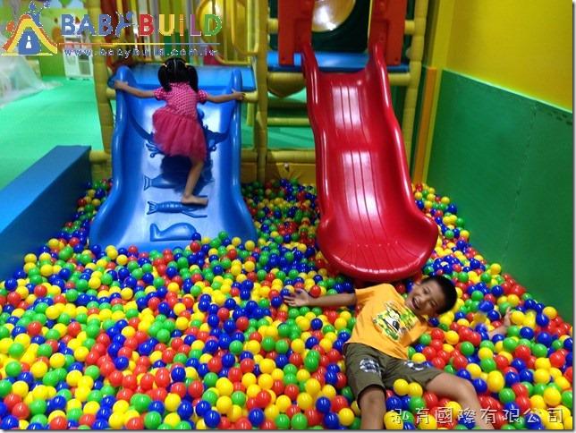 BabyBuild 室內球池