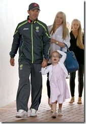 Ricky ponting_with_family_pic