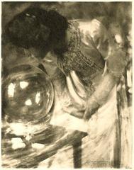 Gertrude Käsebier - Crystal Gazer