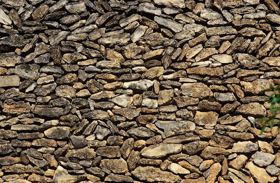 Barraca de pedra seca, els Marmellans, DO MontsantCapçanes, Priorat, Tarragona1997