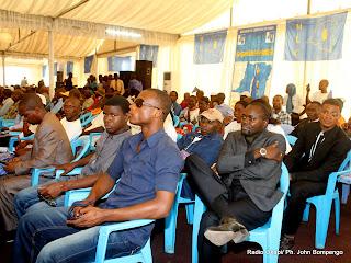 Quelques participants au congrès du MLC ce 22/07/2011 à Kinshasa. Radio Okapi/ Ph. John Bompengo