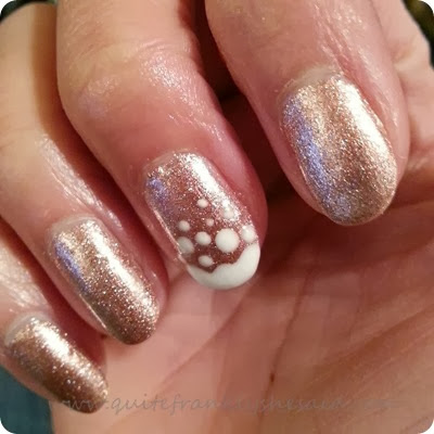 snow white rose gold christmas gel nails (1)