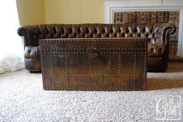 vintage brass trunk3