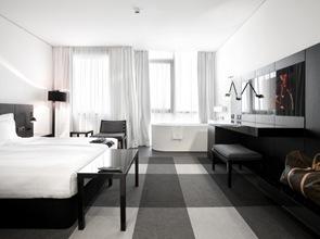 muebles-MDF-enchapado-y-pintado-negros