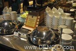 Vikings Luxury Buffet MOA032