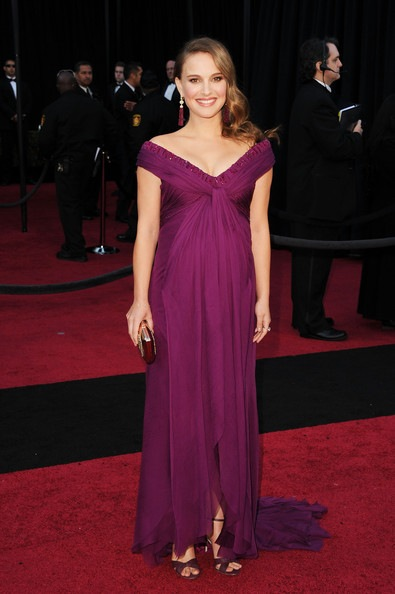 feb11-Natalie Portman arrives at the 83rd Annual Academy Awards