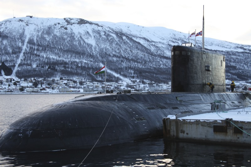 INS-Sindhurakshak-S63-Indian-Navy-Submarine-Norway-01-R