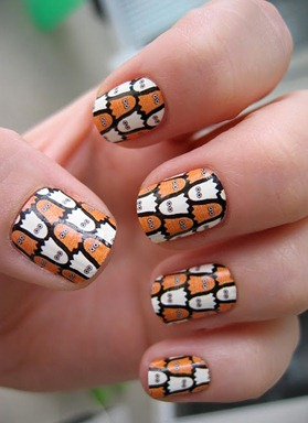 fun_halloween_nails