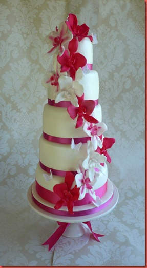 5-tier-irchids-in-pink-wedding-cake