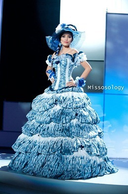 miss-uni-2011-costumes-59