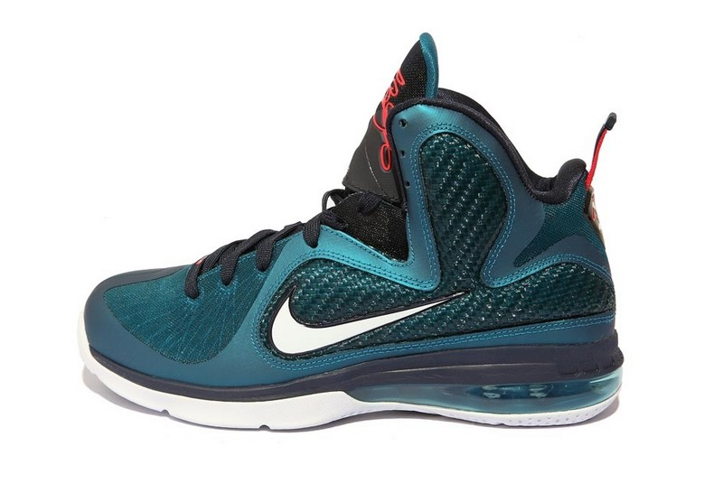 c7f08138e8ad10 Detailed Look at the Upcoming Nike LeBron 9 8220Griffey82218230 Finally ...