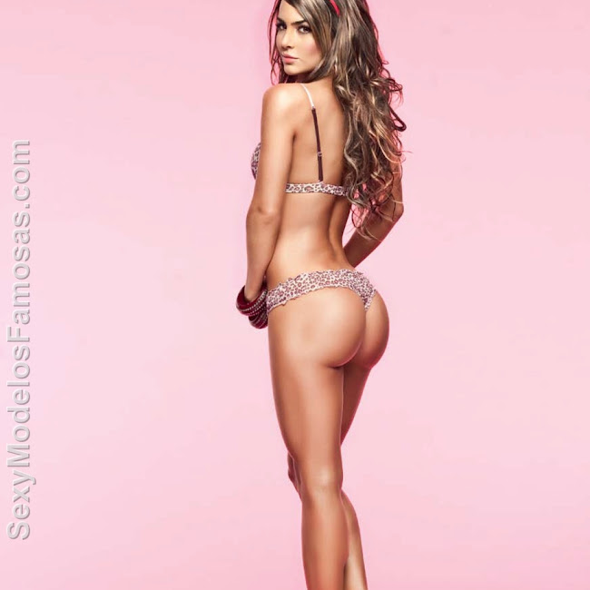Natalia Velez Sexy Lenceria Besame Foto 32