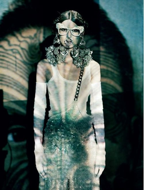 vogue-italia-mar12-couture (1)