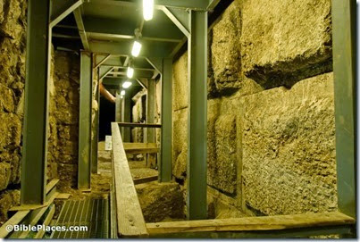 Temple Mount stones of western wall below street level, tb050312314