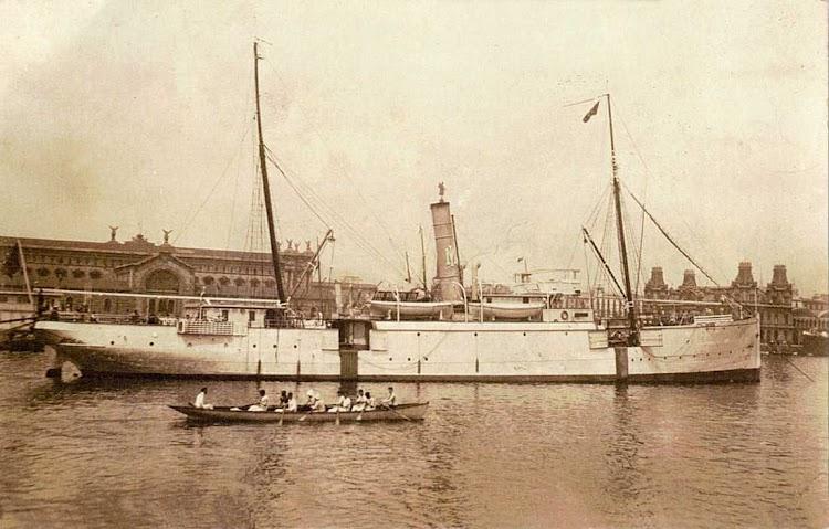 Vapor ISLEÑO en Barcelona. Foto del Museu Maritim de Barcelona, cedida por Laureano Garcia.jpg