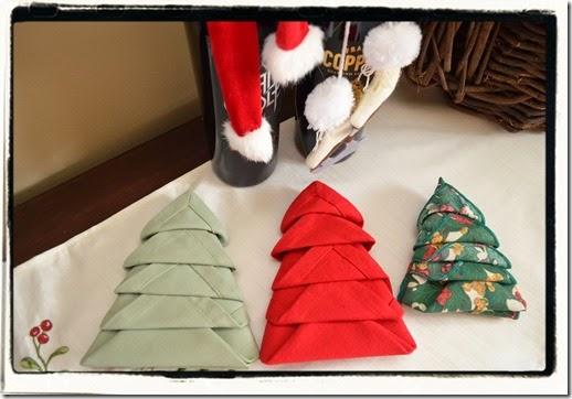 Christmas Tree Napkins How to Fold a Napkin into a Christmas Tree ... | 362x518