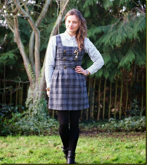 how to layer a pinafore dress in winter
