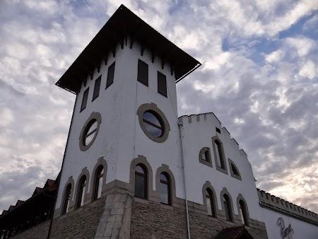 Basarabia - Drumul Vinului: Castelul Purcari