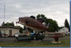 2750 Wisconsin US-2 East - Ashland - Giant Bass