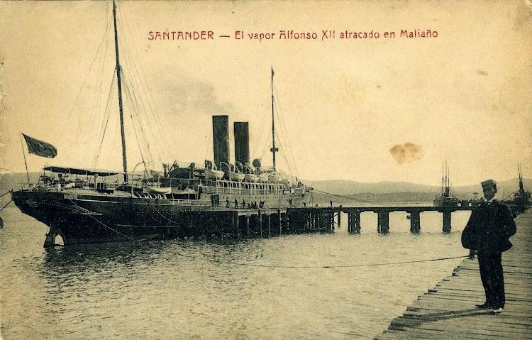 El ALFONSO XII en Santander. Postal.JPG