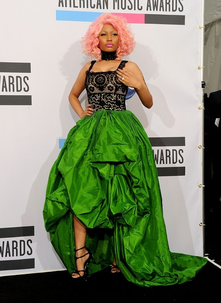 Nicki Minaj 2011 American Music Awards Press (2)