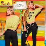 Angelica Jaramillo y Sofia Jaramillo Modelando D'Axxys Jeans Foto 28