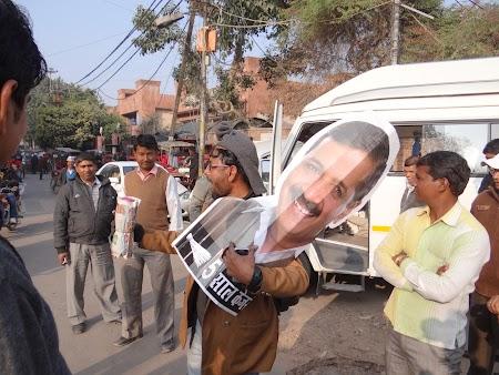 26. Campanie electorala India.JPG