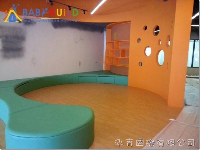 BabyBuild 半球攀爬兒童遊具施工位置確認
